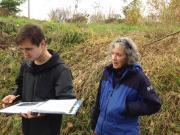 Isabel Raglan from Pierce Conservation District trains a new volunteer